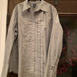 Gap Collared Pleated Button Down Shirt